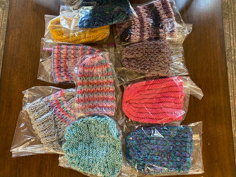 The Avenues' Knitting Group Creates Community, Even During COVID-19